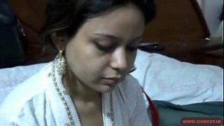 Bangla girl first fuck video