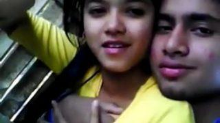 Indian teen girl fuck in car video