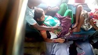 Indian hidden camera sex in bus