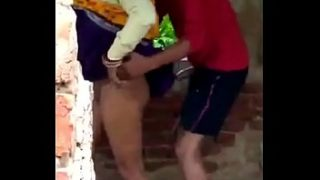 Indian small boy and aunty outdoor sex video